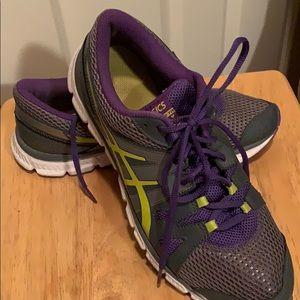 ASICS women's tennis shoe
